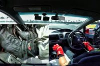 Video: Lightning Shifts in a Civic Type-R